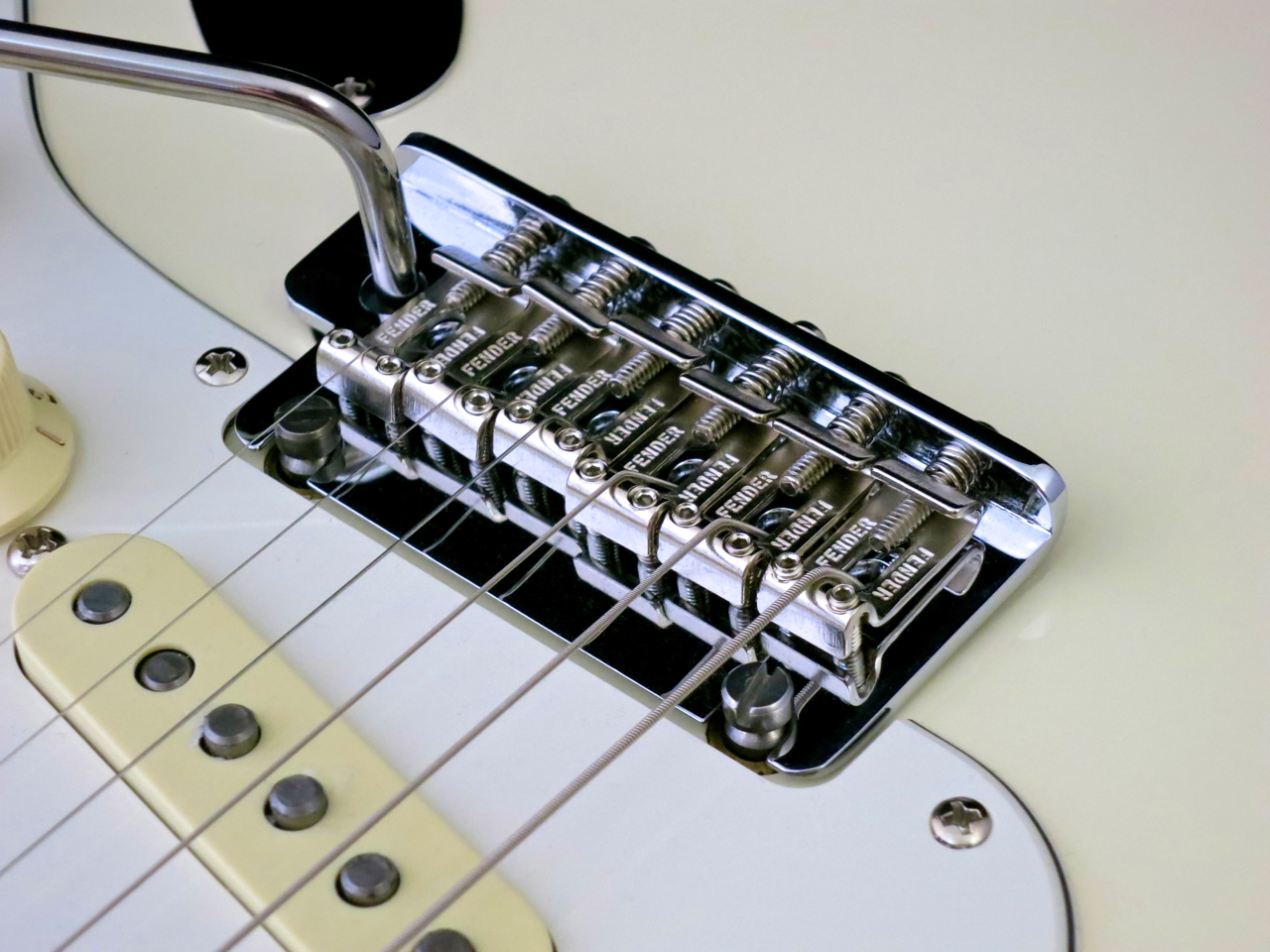 19 – modern Fender